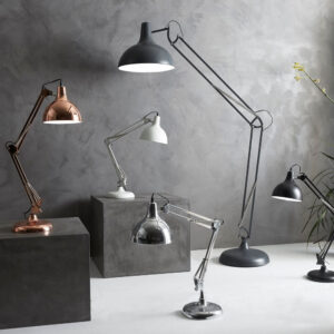7-9999-101-8-Hobby-Deluxe-Table-Lamp-White-Painted-Metal-H70-2.jpg